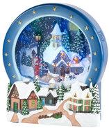 Kersttafereel-met-sneeuw-en-verlichting