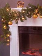 Guirlande-Kerstslinger-met-Lampjes-en-Ballen-(goud)